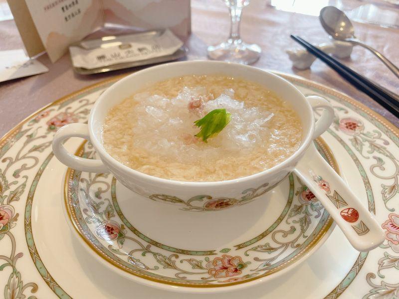 ▲雞汁燕窩為宴請東加王國王伉儷的國宴菜色之一。(圖/記者劉雅文拍攝)