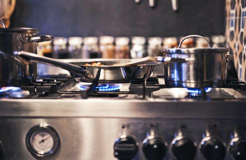 醬油炒飯怎麼煮才入味?內行曝「關鍵步驟」:紅亮又均勻