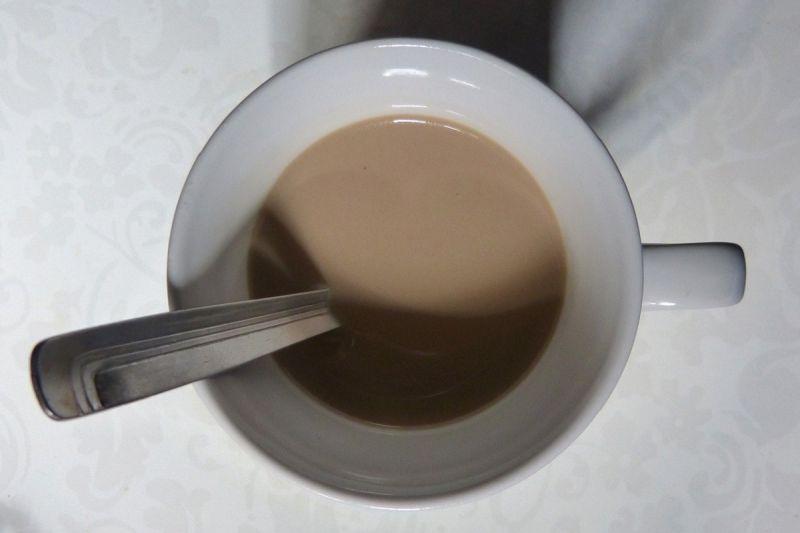 ▲有網友透露,手搖店鮮奶茶所使用的牛奶都有特別調整過,會加入「鮮奶油」或「奶水」來提味。(圖/取自pixabay)