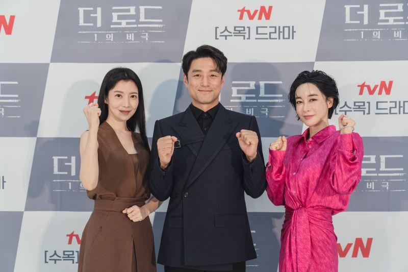 ▲尹世雅(左起)、池珍熙、金惠恩為主要演員。(圖/friDay影音、愛奇藝國際站)