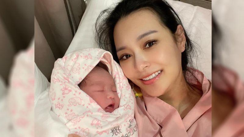 ▲王思佳1日產下女兒「小王美」。(圖/翻攝王思佳臉書)