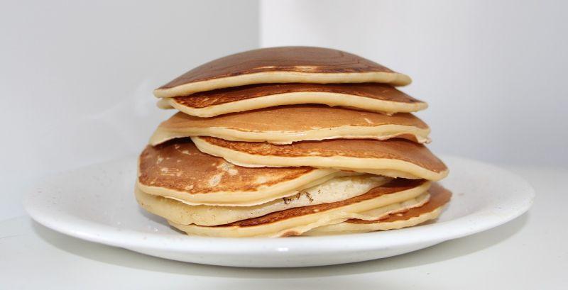 ▲美式鬆餅怎煎得光滑?內行曝「餐飲班祕技」煎出完美成品。(示意圖/翻攝自Pixabay)