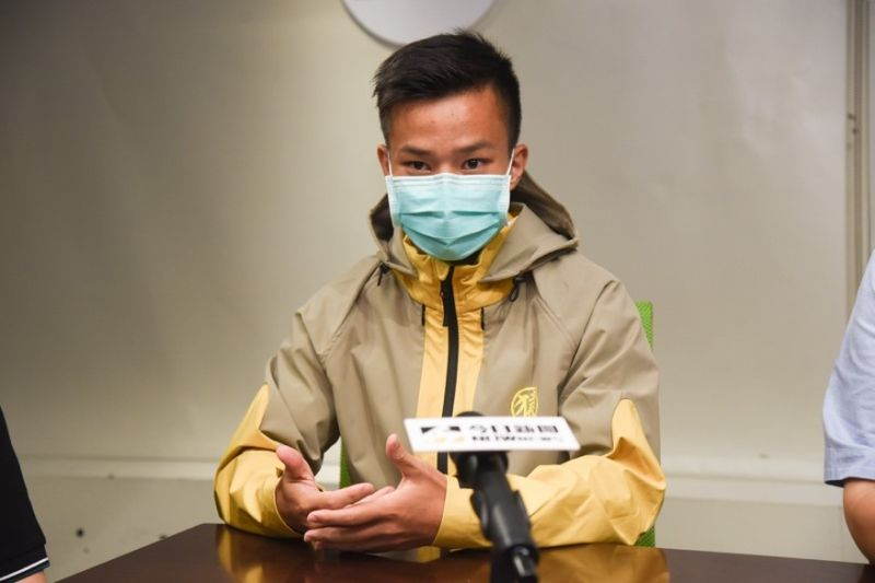 ▲袁永誠自國中離開有「足球沙漠」之稱的台灣,為的是一圓職業球員夢想,隻身一人在海外熬了4年,今年獲得青睞,與西乙B級聯賽升斑馬Racing