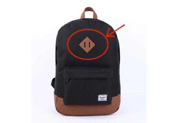 背包上的「豬鼻子」超吸睛?真相曝光 眾驚:以為是logo