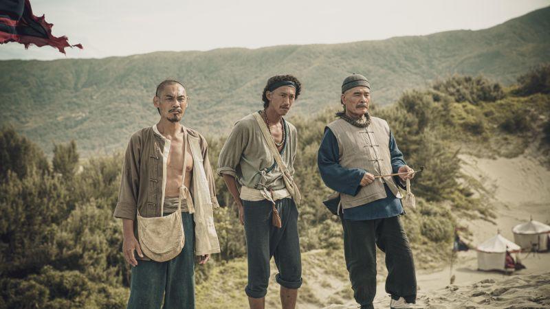 ▲夏靖庭(左起)、吳慷仁、雷洪《斯卡羅》重現台灣史。(圖/公視提供)
