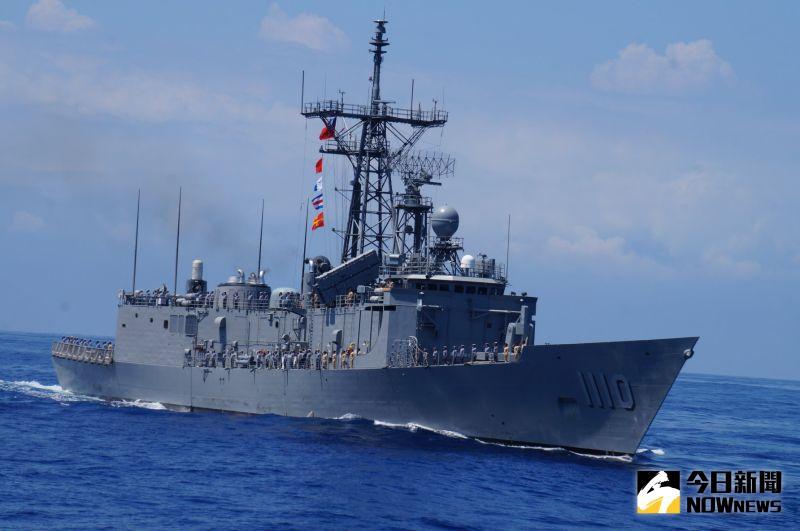 ▲海軍成功級巡防艦田單軍艦,艦身兩舷無配備40快砲。(資料照/記者呂炯昌攝)