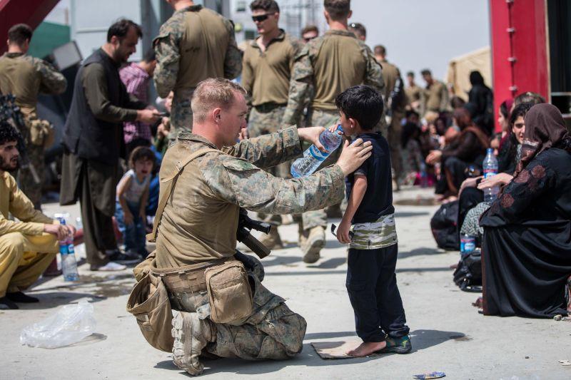 ▲美軍撤離阿富汗行動一團混亂,讓當地民眾感到被遺棄。(圖/美國國防部)