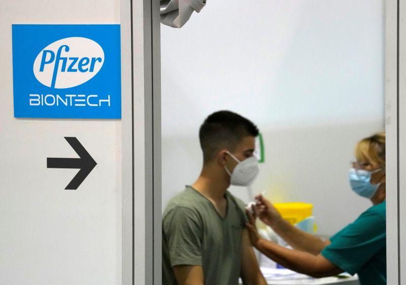 全美首支「完全授權」疫苗 輝瑞BNT獲FDA核准