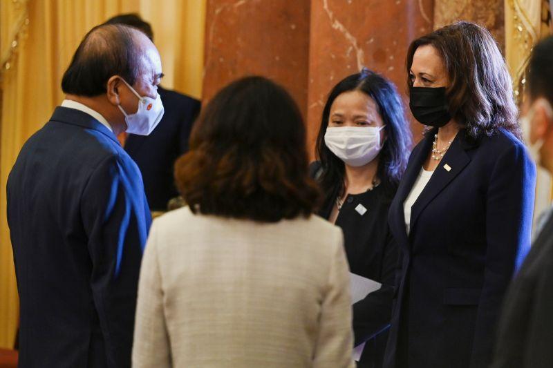 賀錦麗到訪確保供應鏈 越南再獲贈100萬劑疫苗