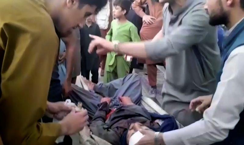 喀布爾爆炸死傷慘重IS宣稱犯案 各界憤怒譴責