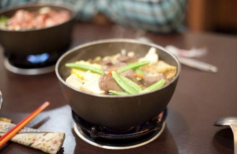 百元火鍋為何只加高麗菜?老饕揭「暗黑原因」:你試試看