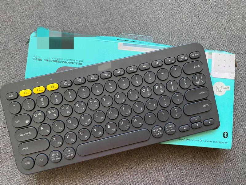 ▲原PO回家拆開一看,發現鍵盤上沒有注音符號,反而是韓文的子母音。(圖/翻攝自《Costco好市多