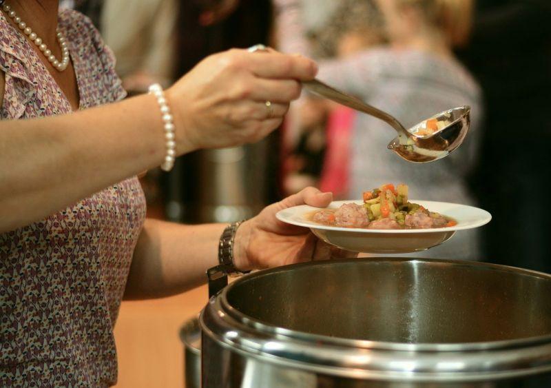貢丸湯怎煮內行?婆媽丟「1物」秒入味:撈出還多一道菜