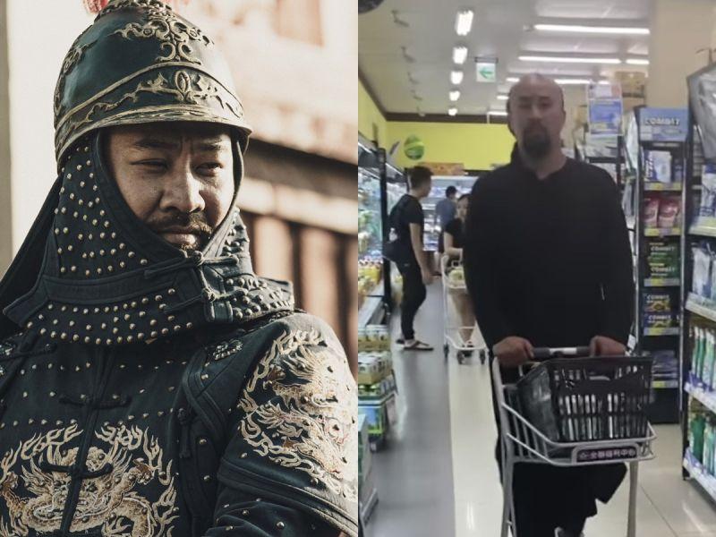 ▲黃健瑋穿戲服逛超市。(圖/公視提供、翻攝温貞菱IG)