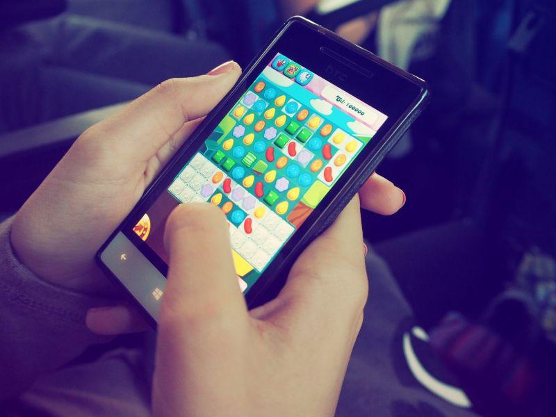 ▲有網友好奇「第一支智慧型手機」玩什麼手遊。(示意圖/取自pixabay)