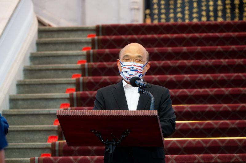 ▲立法院今(17)日開議,行政院長蘇貞昌受邀到場進行「國籍航空機組員隔離『3+11』決策過程」專案報告。(資料照/行政院提供)
