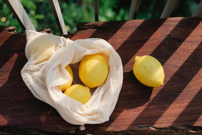 ▲澳洲有主廚分享,日前有對夫妻送她兩顆「怪物檸檬」,讓她相當興奮。 (示意圖/翻攝自《pexels》 )