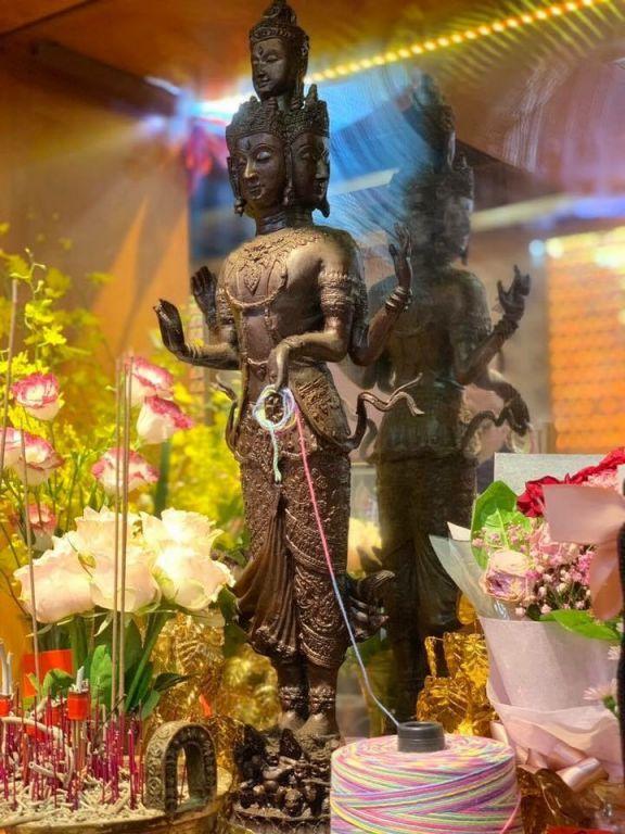 ▲桃花法會獨家加贈愛神與四面佛共同加持的『七彩法索』(圖/泰國愛侶灣四面佛台北)