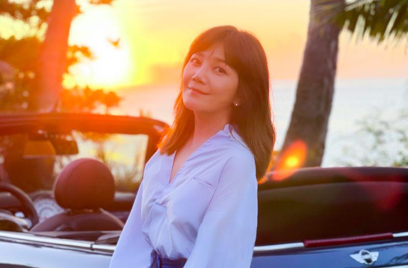 ▲梁靜茹在MV裡,展現精湛的車技,被工作人員笑虧是「被歌手耽誤的車手」。(圖/Vocalist Music 提供)