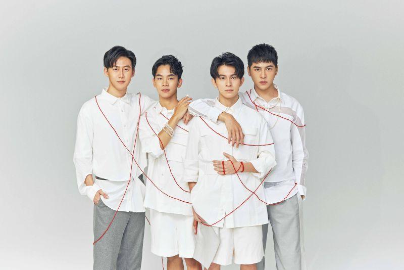 ▲林煒傑(左起)、郭宇宸、林暉閔、黃新皓在《基因決定我愛你》配對成兩對CP。(圖/達騰娛樂)