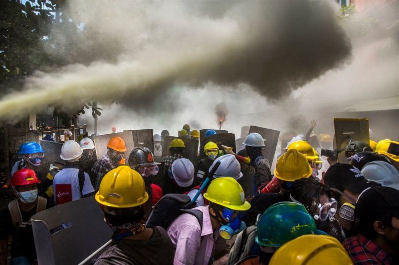 ▲緬甸一位攝影師因為拍攝緬甸民主示威與軍方血腥鎮壓的作品,獲頒攝影界年度大獎首獎。(圖/翻攝自visapourlimageperpignan臉書)