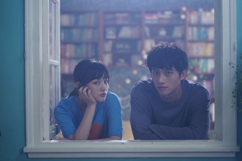 ▲王淨(左)、范少勳主演的《比悲傷更悲傷的故事》虐心元素升級。(圖/Netflix)