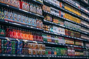 ▲網友們紛紛留言表示,其實超商食品價錢划算、熱量不至於太高,而是「調味料」跟「醬料」長期食用太可怕,可能會對身體造成負擔。(示意圖/翻攝自Pixabay)