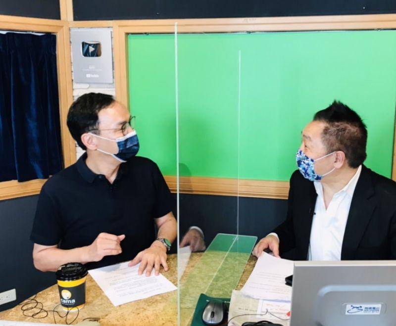 ▲國民黨主席後選人朱立倫今日接受資深媒體人唐湘龍廣播專訪。(圖/資料照片)