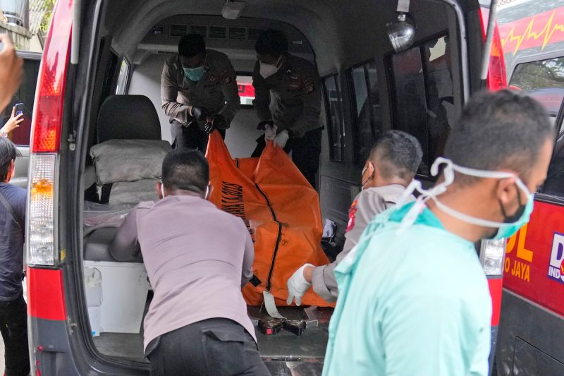 ▲印尼西爪哇萬丹省一座監獄今天凌晨大火,造成41死、81人受傷。(圖/美聯社/達志影像)