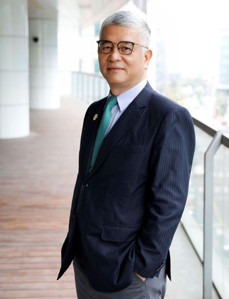 ▲中華智慧運輸協會理事長施義芳表示,短期目標將爭取2026世界大會在台舉辦。(圖/協會提供)