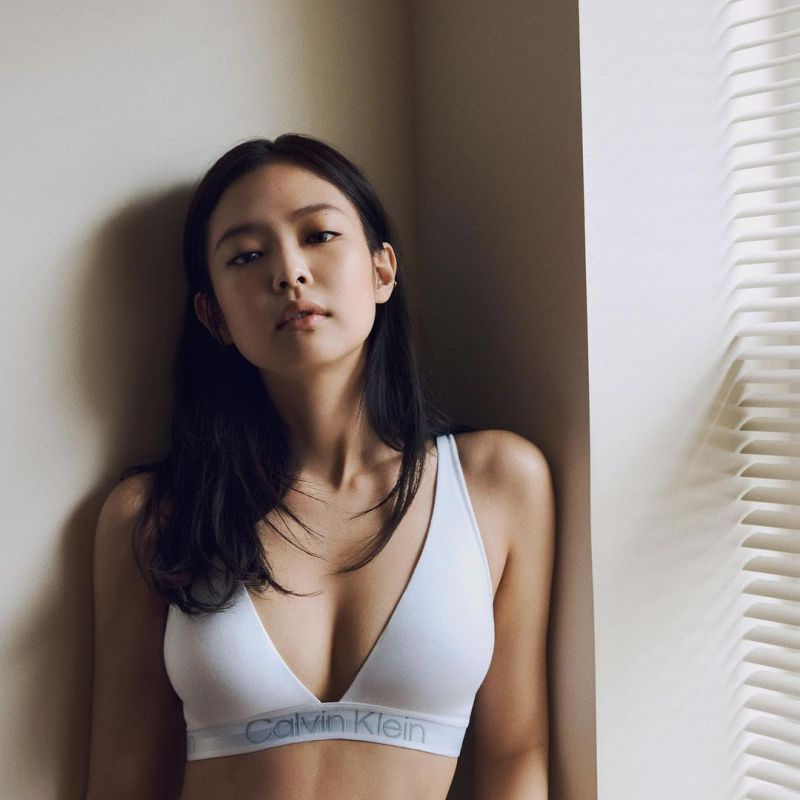 ▲▼Jennie接下國際品牌內衣代言。(圖/Jennie
