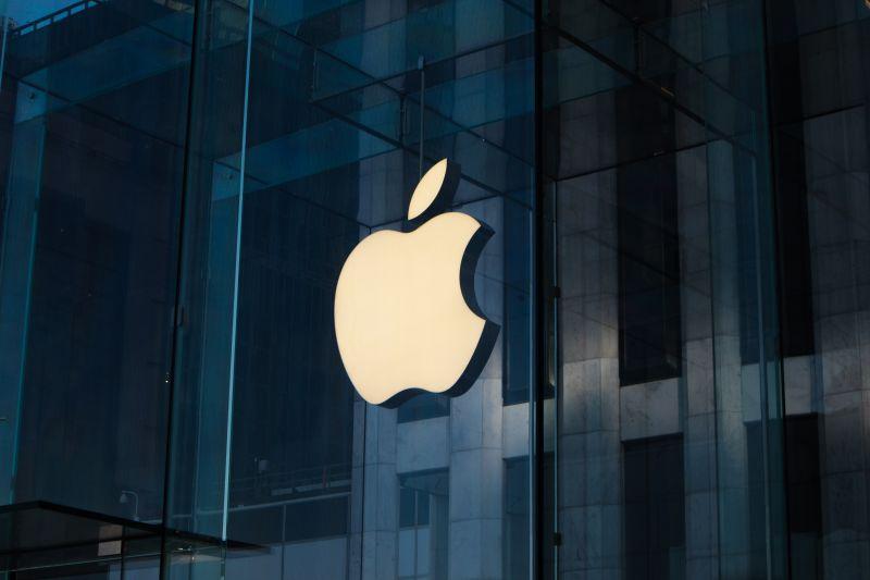 ▲蘋果公司旗下產品十分多樣,就有網友好奇「蘋果最值得入手的產品?」而掀起眾人熱議。(示意圖/取自Unsplash)