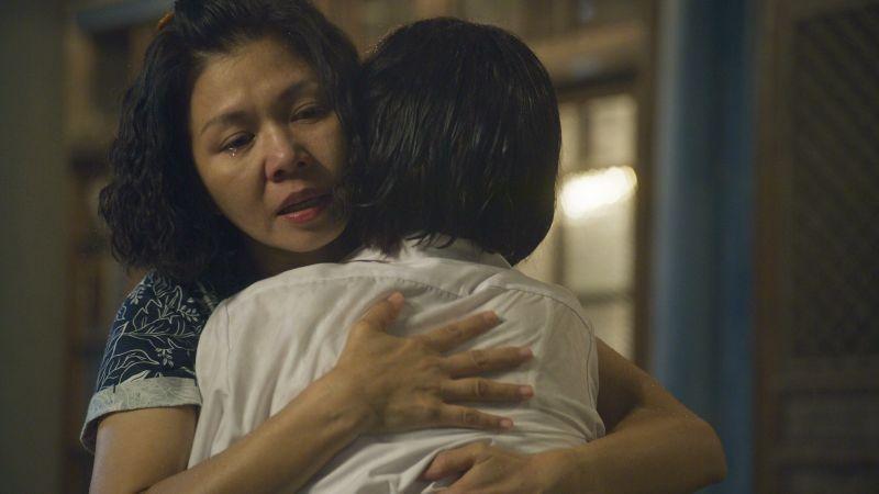 ▲于子育(左)嘆「受傷後才知道媽媽是對的」。(圖/華視、CATCHPLAY提供)