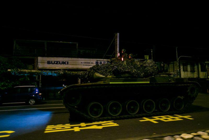 ▲漢光37號演習,M60A3戰車在花蓮街道快速機動移動。(圖/軍聞社提供)