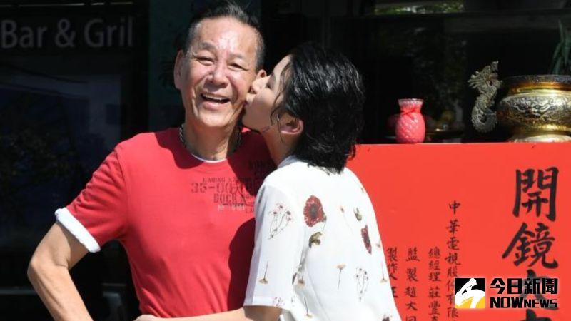 ▲龍劭華(左)、陳璇父女感情好。(圖/NOWnews攝影中心)