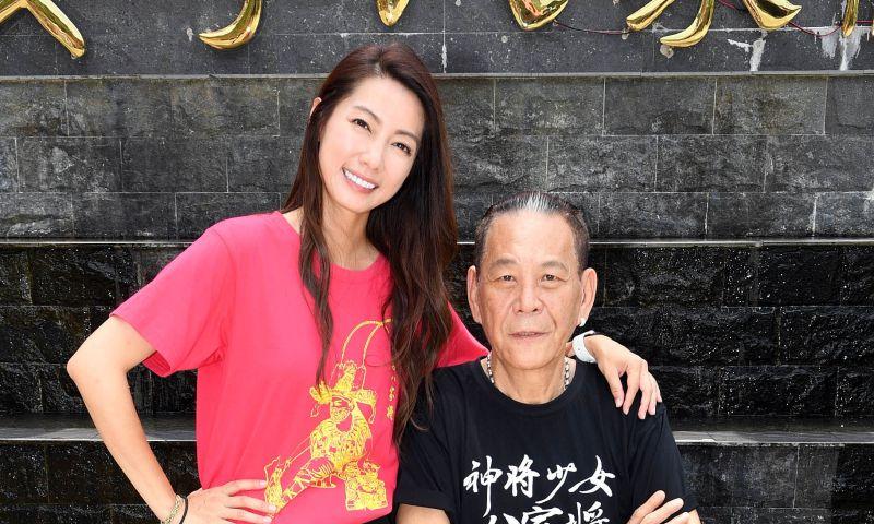 ▲林韋君(左)、龍劭華搭檔演父女。(圖/華視)