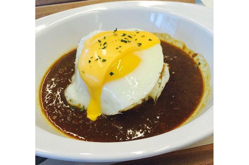 ▲有網友在PTT詢問大家「『咖哩飯』要加什麼類型的『蛋』才內行阿?」對此,不少老饕紛紛曝光心目中的「唯一支持」,直呼「一吃停不下」。(圖/取自pixabay)