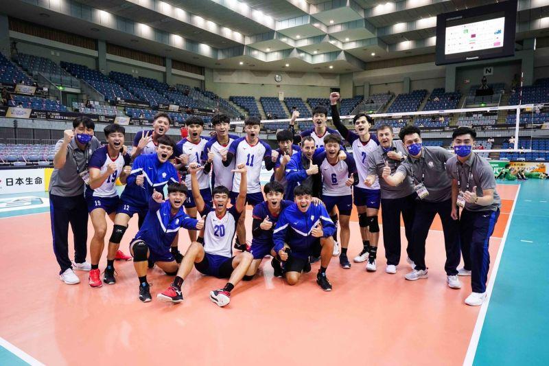 ▲中華男排擊敗巴基斯坦,提前晉級亞錦賽4強。(圖/Asian Volleyball Confederation FB)