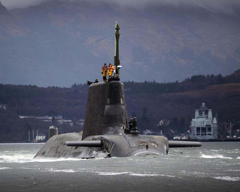 ▲澳洲國防專家指出,美英協助澳州建造的核動力潛艦艦隊,將會是為了能夠追捕和擊沉中國潛艦而設計的。圖為英國機敏級潛艦。(圖/翻攝自英國皇家海軍網頁)