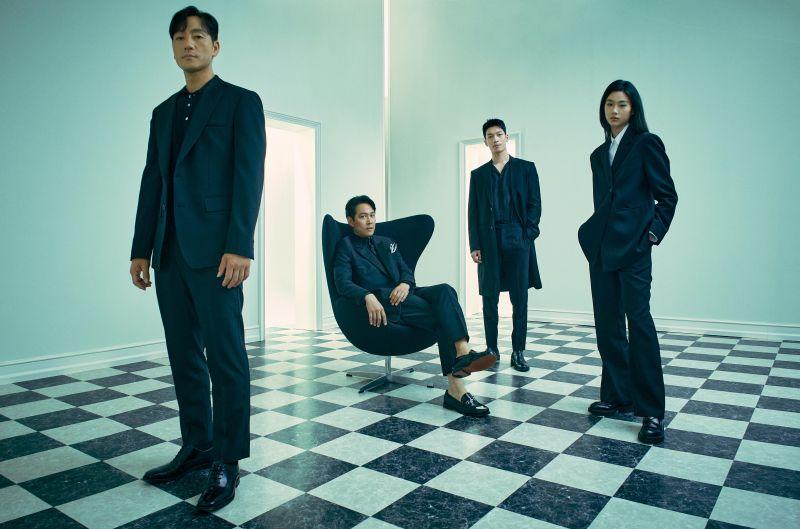 ▲朴海秀(左起)、李政宰、魏嘏雋、鄭好娟為《魷魚遊戲》主要演員。(圖/Netflix)