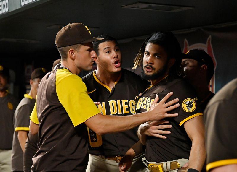 ▲教士隊內野手Manny Machado狂吼隊友。(圖/FOX)