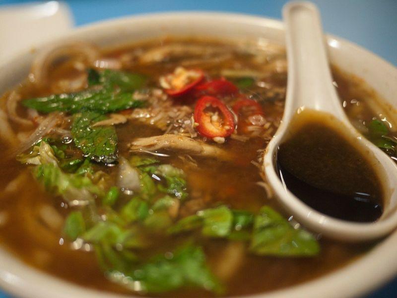 ▲有網友在PTT提問「馬來西亞食物在台灣有市場嗎?」對此,不少老饕紛紛點名叻沙、沙嗲及肉骨茶。(圖/取自pixabay)