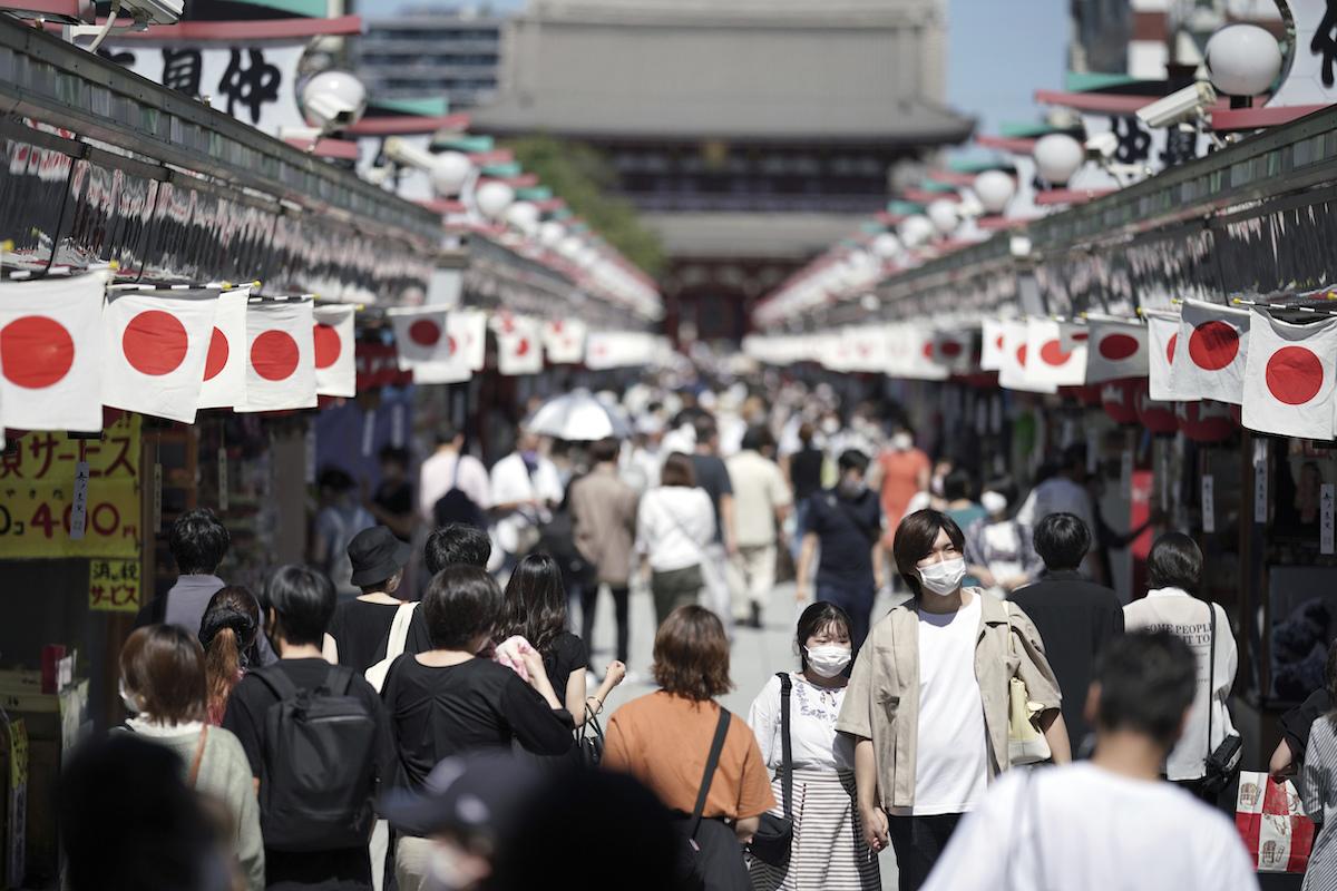 東京疫情緩和 餐飲店解除酒禁但須符合條件