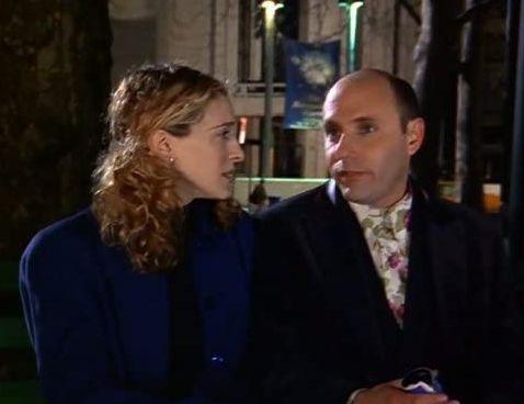 ▲威廉葛森(右)在《慾望城市》飾演莎拉潔西卡派克的同志好友。(圖/IMDb)