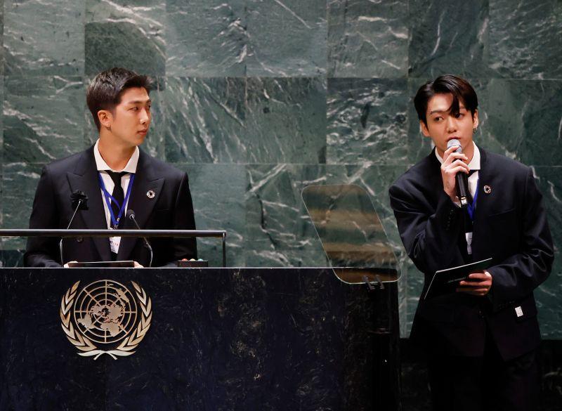 ▲韓國天團「防彈少年團」再度受邀在美國紐約聯合國總部發表演說。(圖/美聯社/達志影像)