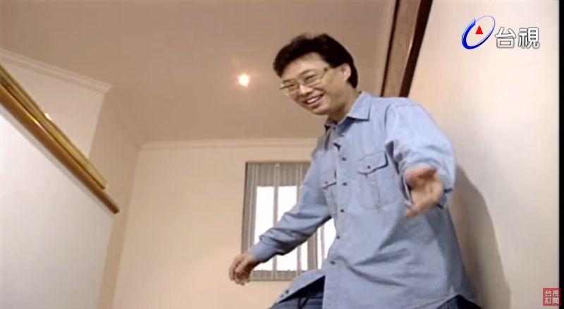 ▲費玉清帶節目觀眾參觀自宅。(圖/台視YouTube)