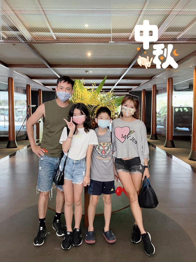 ▲佩甄(右)在臉書上曬出家庭生活日常。(圖/佩甄臉書)