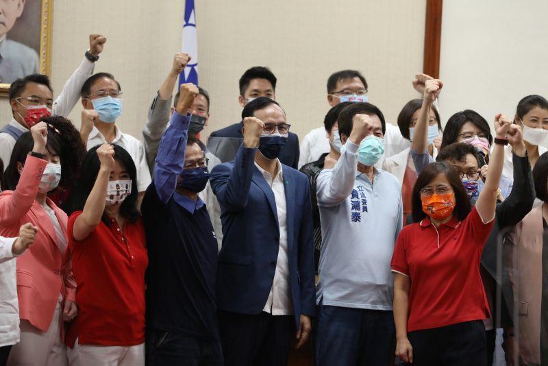 朱立倫成新共主!藍委籲規劃勝選方程式、青年黨費優惠