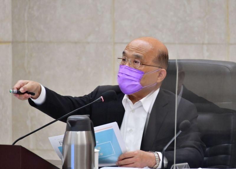 ▲行政院長蘇貞昌已年過70,仍持續以其招牌「衝衝衝」形象領導內閣團隊。(圖/行政院提供)