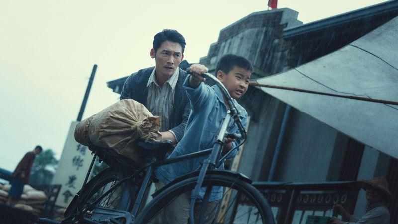 ▲溫昇豪(左)再演時代劇。(圖/公視提供)